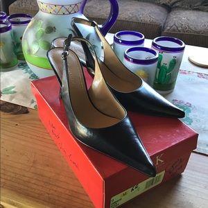 NWOT/ ANNE KLEIN Slingback Black Leather Heels 👠